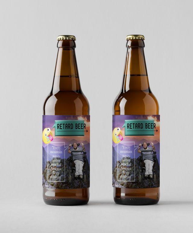 Retard Beer, två flaskor.